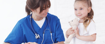 pediatric-nurse